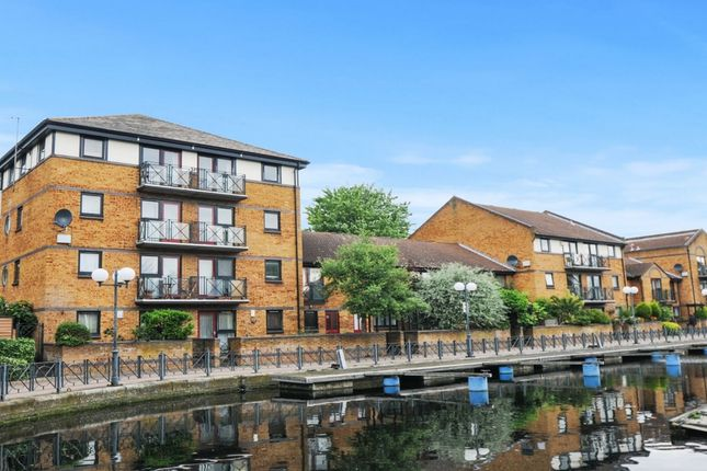 Flat for sale in Whiteadder Way, London