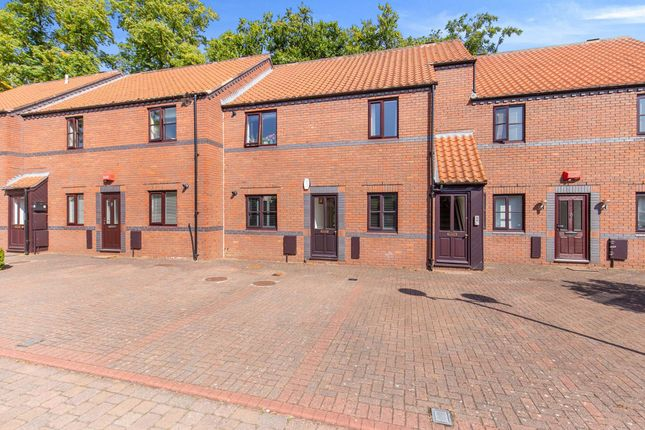 Thumbnail Flat for sale in Beechtree Court, Yarm