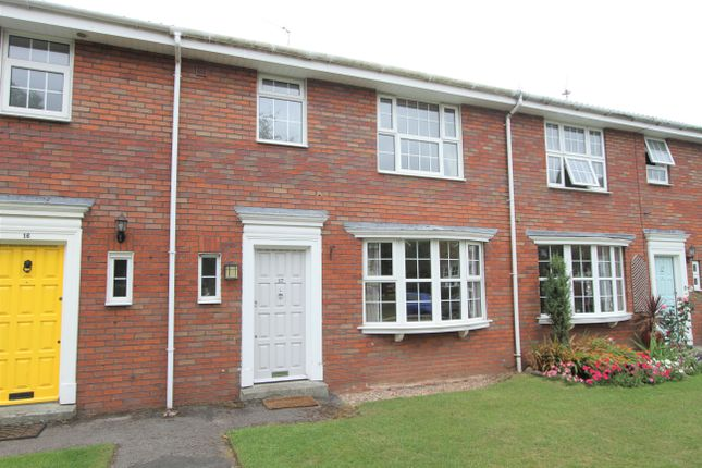 Thumbnail Town house to rent in Pinfold Court, Handbridge, Chester