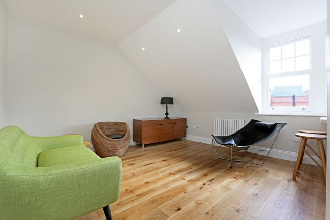 1 bed flat to rent in Egerton Gardens, London