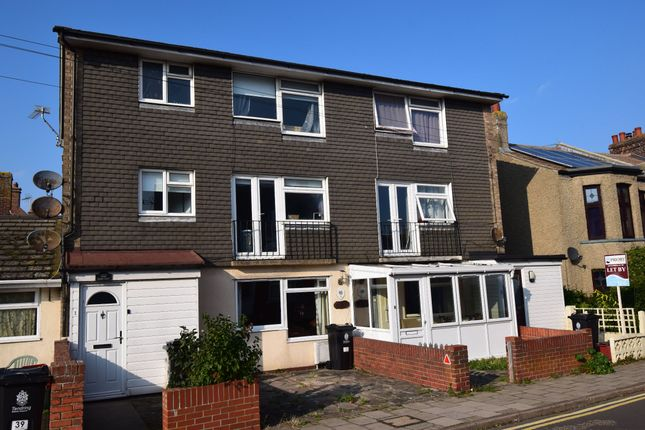 3 bed flat for sale in Priory Court, Station Street, Walton On The Naze CO14