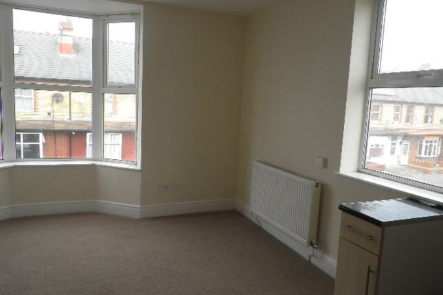 Thumbnail Flat to rent in Wellington Road, Rhyl