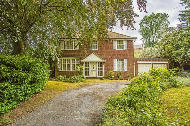 House-Hollymeoak-Road-Chipstead-1003