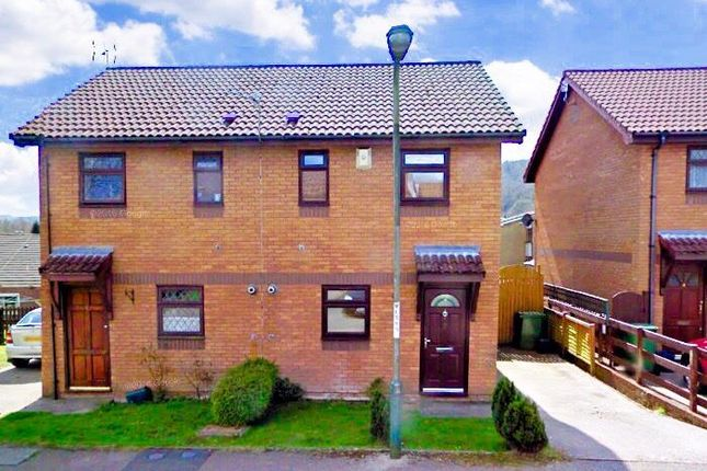 2 bed property to rent in Cwrt Ty Fferm, Llanbradach, Caerphilly CF83