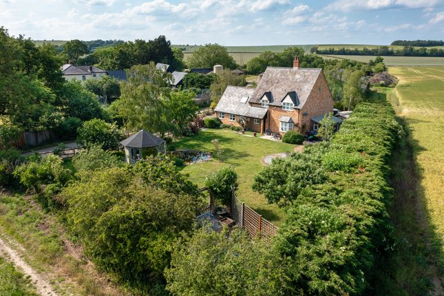 4 bed detached house for sale in Newmarket Road, Royston SG8