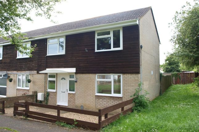 3 bed terraced house for sale in Sandwich Close, Huntingdon