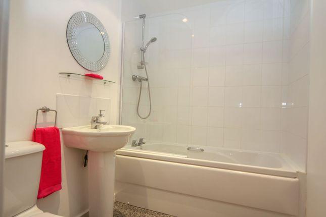 Family Bathroom of St. James Court, Darlington DL1