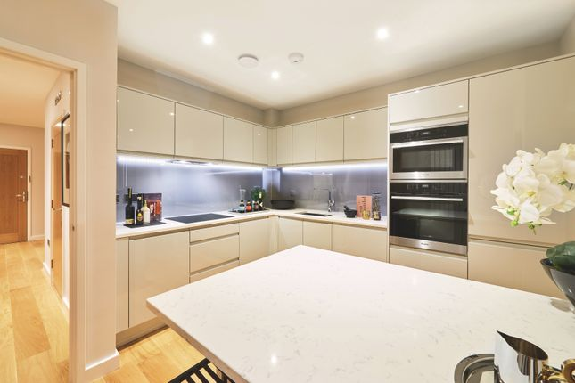 Kitchen of Southdown Road, Harpenden AL5
