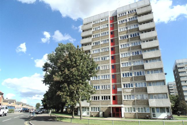 2 bed flat to rent in Ashbourne Tower, Norwich NR7