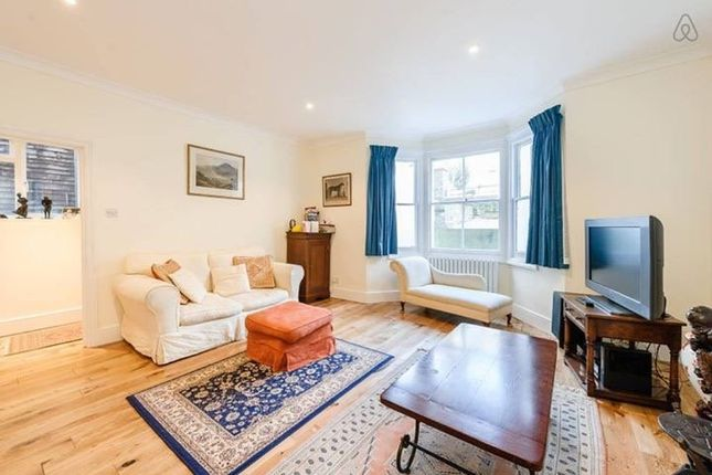 Thumbnail Flat to rent in The Glade, Coningham Road, London