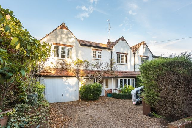 Thumbnail Property to rent in Park Hill, Harpenden