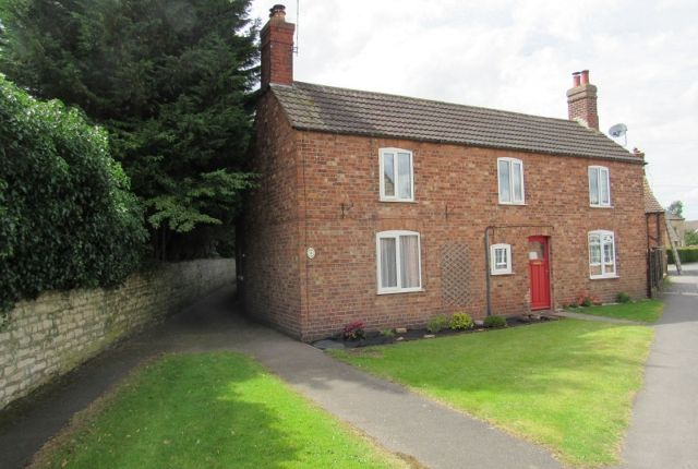 Thumbnail Cottage to rent in Manor Lane, Welton, Lincoln