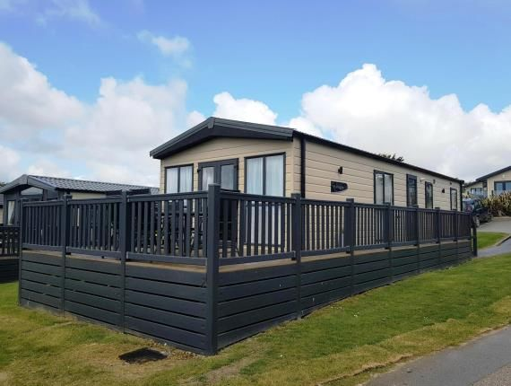 3 bed mobile/park home for sale in Praa Sands Holiday Park, Praa Sands, Cornwall TR20