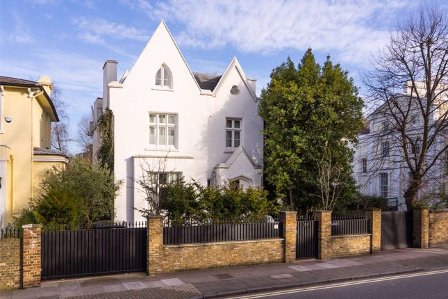 Detached house in  Abbey Road  St. John's Wood  London  Watford