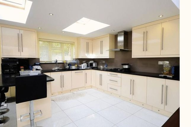 Thumbnail Terraced house for sale in Alkham Road, By Stamford Hill