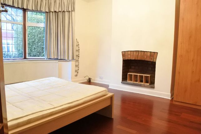 Thumbnail Property to rent in Chandos Road, London