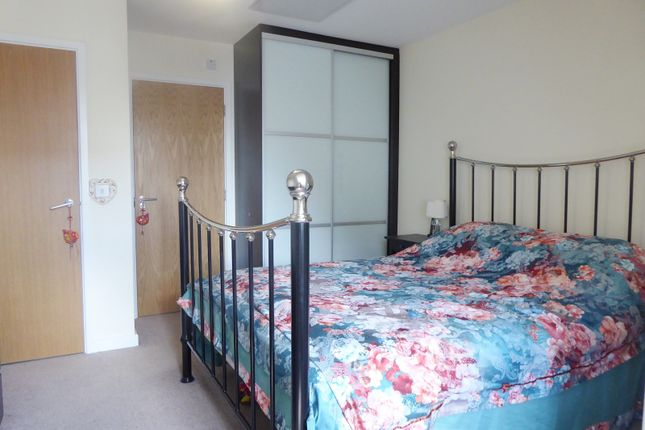 Bedroom One of Holymead, Calcot, Reading RG31