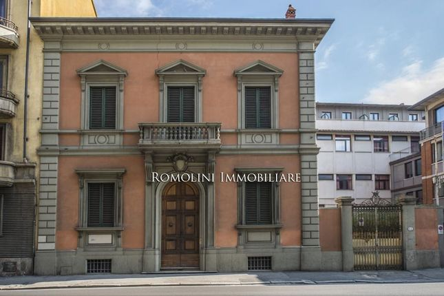 8 bed town house for sale in Florence, Tuscany, Italy