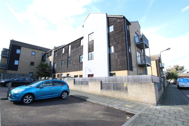 2 bed flat for sale in Davis Way, Sidcup, Kent DA14