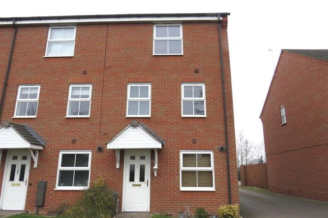 Thumbnail Property to rent in Hillmorton Road, Rugby