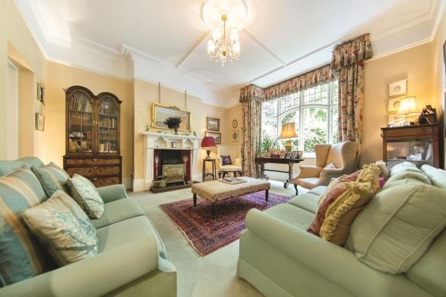 Photo of Clapham Common West Side, London SW4