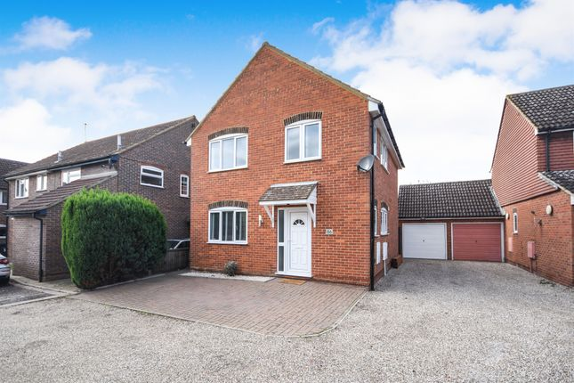 Thumbnail Detached house for sale in Pickwick Avenue, Newlands Spring, Chelmsford