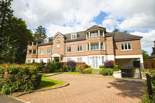2 bed flat for sale in Sambrook Court, Westfield Park, Hatch End