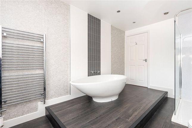 Master En-Suite of Howcroft Gardens, Sandal, Wakefield WF2
