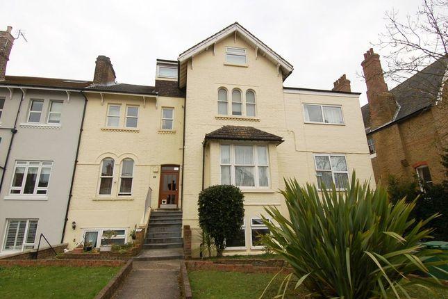 Thumbnail Flat to rent in Gloucester Road, Teddington
