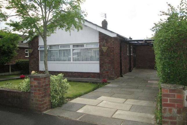 Thumbnail Bungalow to rent in Tynwald Crescent, Widnes
