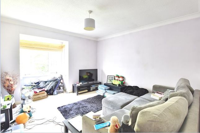 Thumbnail Flat to rent in Bettles Court, Uxbridge, Middlesex