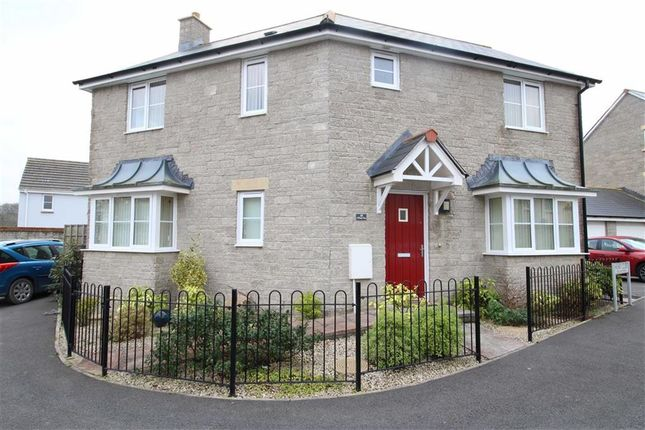 3 bed detached house for sale in Honey Close, Bideford