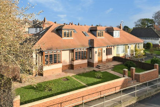 Thumbnail Bungalow for sale in Kirkby Road, Ripon