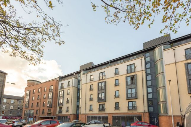 Thumbnail Flat for sale in 3/13 Cables Wynd, The Shore, Edinburgh