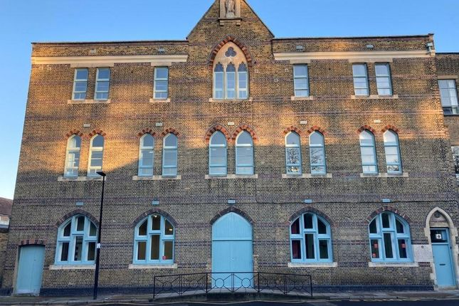 Thumbnail Leisure/hospitality to let in St. Peters Centre, Reardon Street, London