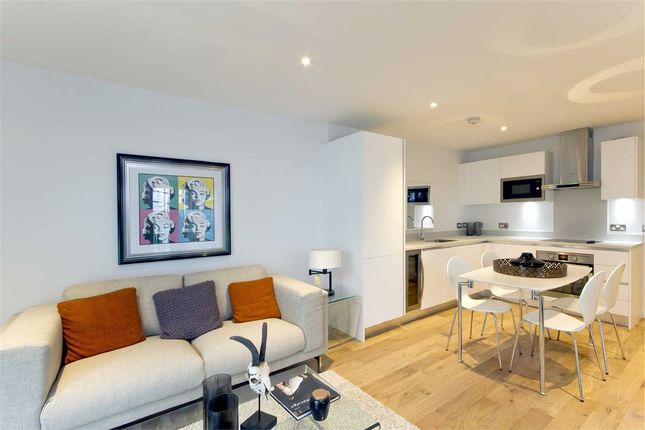 Thumbnail Flat for sale in Iverson Road, London