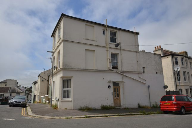 Thumbnail Flat to rent in Clarence Road, St Leonards On Sea