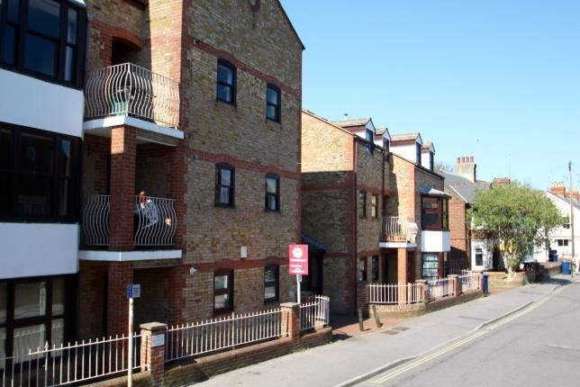 Thumbnail Flat for sale in South Park Court, East Avenue, Oxford, Oxfordshire