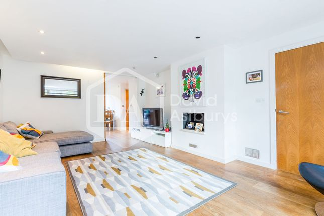 Thumbnail Mews house to rent in Sloane Mews, Aubrey Road, Crouch End