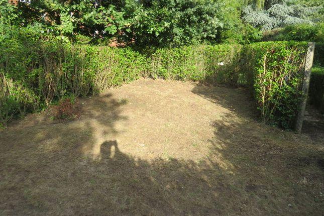 Neale Close, Hampstead Garden Suburb N2