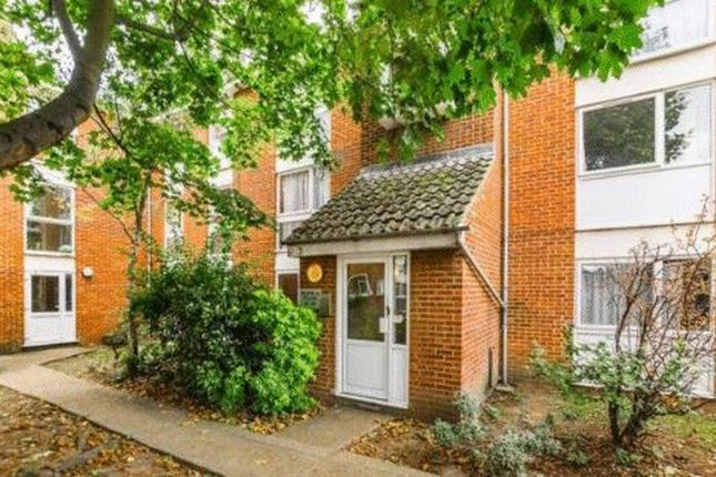 Thumbnail Flat for sale in Carnarvon Road, Stratford, London