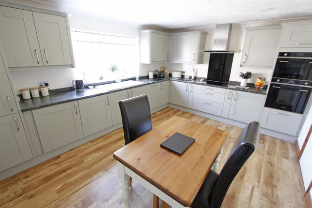 Kitchen of Fen Road, Pointon, Sleaford NG34