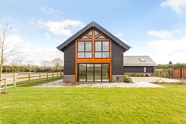 Thumbnail Detached house for sale in Redling Drive, Long Lane, Bovingdon, Hemel Hempstead
