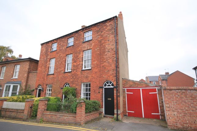 Thumbnail Semi-detached house to rent in Dovecote, Castle Donington, Derby