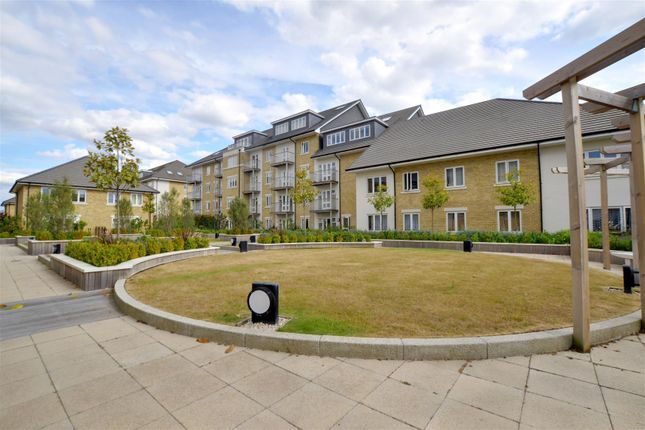 Thumbnail Flat to rent in Cavendish House, 15 Park Lodge Avenue, West Drayton, Middlesex