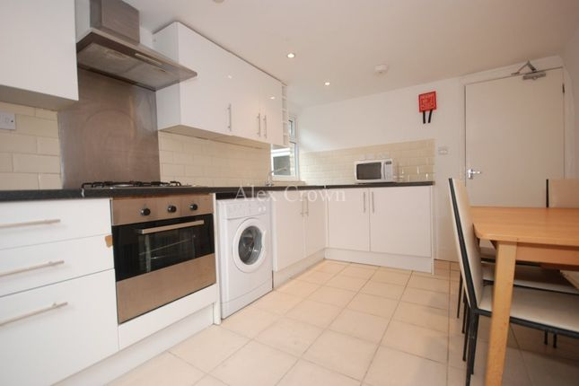 Thumbnail Terraced house to rent in Wilberforce Road, London