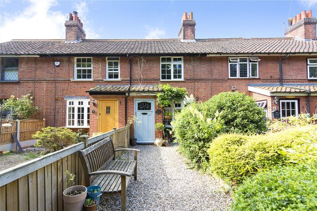 Picture No. 23 of Pantile Cottages, Bird Lane, Upminster RM14