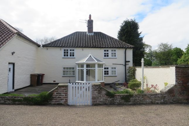 Thumbnail Cottage to rent in Wootton Hall, Wootton