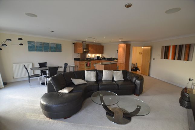 Thumbnail Flat to rent in Blakes Quay, Gas Works Road, Reading, Berkshire