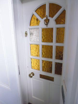 Entrance of Flat 2/1, 24 Argyle Street, Rothesay PA20